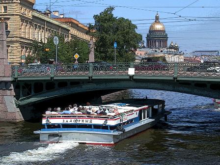 теплоходная прогулка по рекам и каналам Петербурга